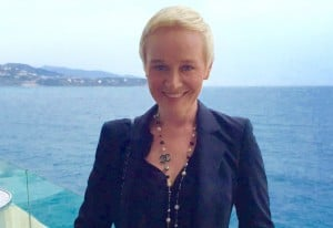 Dr. Simone Hellmann
