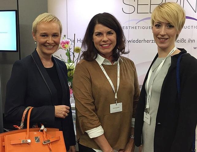Dr. Simone Hellmann & Team auf der GÄCD Jahrestagung